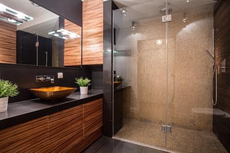 cuisiniste-cuisine equipee-salle de bain-dressing sur mesure-store-installateur de cuisines-menuisier d'agencement